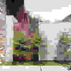 Arquitetura | Residencia | Casa LAR por IEZ Design Moderno Pedra