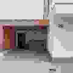 โดย Herrmann Massivholzhaus GmbH โมเดิร์น ไม้จริง Multicolored
