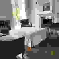 Private Chelsea Residence من Northbrook furniture بحر أبيض متوسط