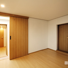 누하동 주택 리모델링 아시아스타일 미디어 룸 by 주식회사 착한공간연구소 한옥