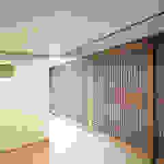 누하동 주택 리모델링 아시아스타일 거실 by 주식회사 착한공간연구소 한옥