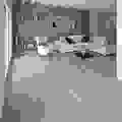 Rock Oak wood floor Ruang Keluarga Gaya Mediteran Oleh Cadorin Group Srl - Top Quality Wood Flooring Mediteran
