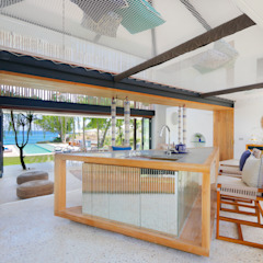 Seascape Villa Tropical style kitchen by Word of Mouth House Tropical