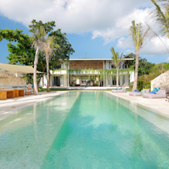 Seascape Villa Tropical style pool by Word of Mouth House Tropical