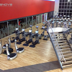 Training Area, Floor 2 Renov8 CONSTRUCTION Modern gym