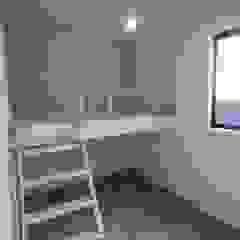 من 一級建築士事務所 Coo Planning تبسيطي خشب متين Multicolored