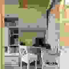 Oficinas de estilo rural de 芸匠室內裝修設計有限公司 Rural