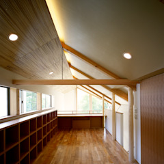 por 西島正樹/プライム一級建築士事務所 Asiático Bambu Verde