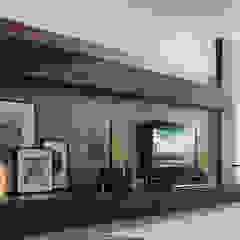 wandmeubel: modern  door Kroneman Interieurs, Modern Hout Hout