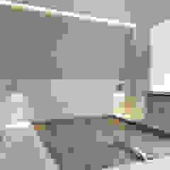 Illumination Terrace | Tai Hang Road | Hong Kong Modern style bedroom by Nelson W Design Modern