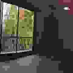 CASA AV Dormitorios de estilo moderno de corner Moderno