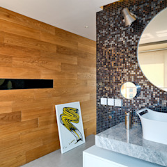 Casa N Modern bathroom by Another Design International Modern Marble