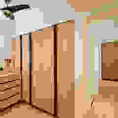 NAUTICA LAKESUITES CONDOMINIUM , KL Scandinavian style dressing rooms by BND STUDIO Scandinavian