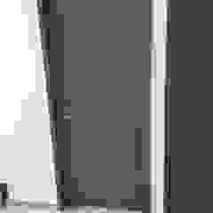 من Closets y Cocinas GIMSA Morelia تبسيطي خشب Wood effect