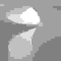 Bahamas House por CHUVAS arquitectura Mediterrânico Metal