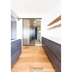 건축디자인연구소 단독주택 시공사례 컨트리스타일 발코니, 베란다 & 테라스 by WITHJIS(위드지스) 컨트리 알루미늄 / 아연