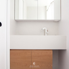 Collections Modern bathroom by Mister Glory Ltd Modern