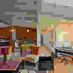 Old Farm Residence RT Studio, LLC Modern Living Room