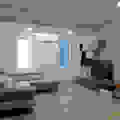 Minimalist living room by Studio di Architettura IATTONI Minimalist