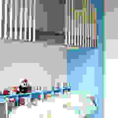 Aménagement d'une chambre d'enfants Kauri Architecture Chambre d'enfant moderne Bois Bleu