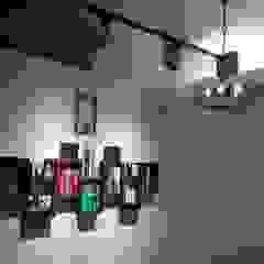 de 藝舍室內裝修設計工程有限公司 Moderno