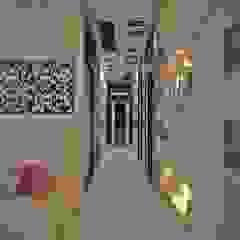 Modern corridor, hallway & stairs by Estate Lookup Interiors Modern
