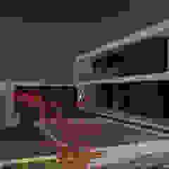 Casa AT por Método-Arquitectura & Decoração Minimalista Madeira maciça Multicolor