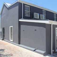 Hertex Wynberg - Restoration and Renovation of Historical Building by Renov8 CONSTRUCTION Colonial