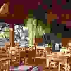 من Juliana Saraiva Arquitetura & Interiores ريفي خشب Wood effect