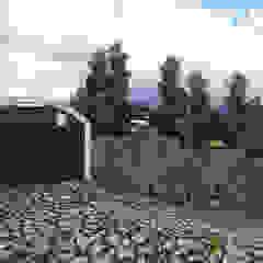 de homify Colonial Piedra