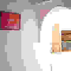 Riad Paris & Fahd em Marraquexe Corredores, halls e escadas mediterrânicos por Protega Mediterrânico