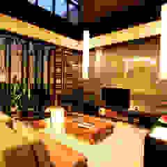 Preferences House Ruang Keluarga Tropis Oleh AIGI Architect + Associates Tropis Kayu Wood effect