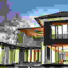 bởi AIGI Architect + Associates Nhiệt đới Gỗ Wood effect