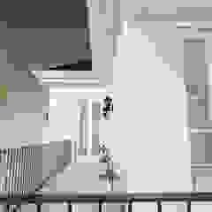 Light Classic Oleh AIGI Architect + Associates Klasik Beton