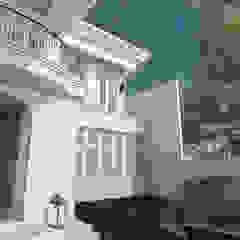 de AIGI Architect + Associates Clásico Concreto