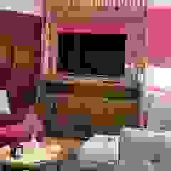Galeria Sofia BedroomWardrobes & closets Kayu