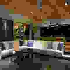 起居空間--迴廊概念 Modern living room by 敘述室內裝修設計有限公司 Modern