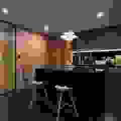 Modern kitchen by 敘述室內裝修設計有限公司 Modern