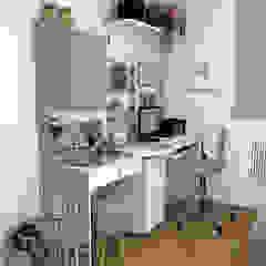 Apartamento Jovem Casal Moderno Escandinavo Escritórios escandinavos por Decoropravocê - Decoração ao seu alcance. Escandinavo