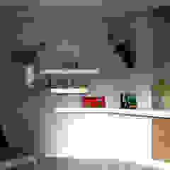 minimalist  by Kori Interiors, Minimalist