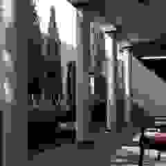 House Study 03 Balkon, Beranda & Teras Klasik Oleh alexander and philips Klasik Kayu Wood effect