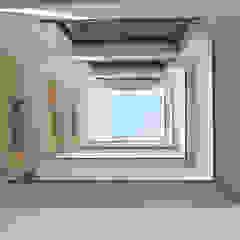 Edifício de habitação colectiva Le Carnot por OGGOstudioarchitects, unipessoal lda Minimalista