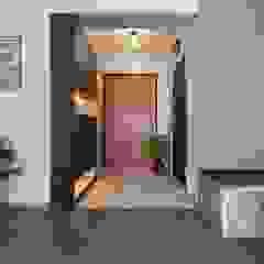 Scandinavian style corridor, hallway& stairs by homify Scandinavian