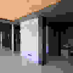 توسط Architekt Zoran Bodrozic مینیمالیستیک بتن مسلح