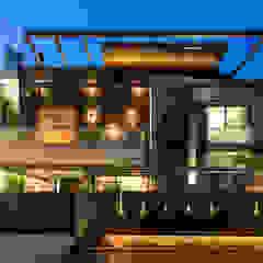 facade Modern Houses by Planet Design & Associates Modern