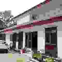 Dua Limas Oleh studioindoneosia Tropis Beton Bertulang