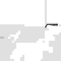 PROJECT ED, ZWOLLE Minimalistische badkamers van Studio Doccia Minimalistisch Tegels