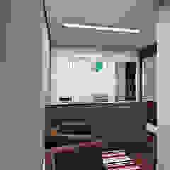 escritorio Escritórios clássicos por DE Arquitetura e Decoração Clássico
