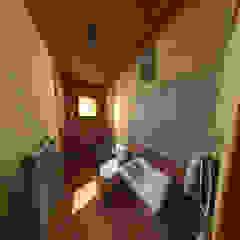 pousada e restaurante Banheiros rústicos por DE Arquitetura e Decoração Rústico