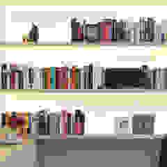 Ontwerp fris en eigentijds interieur Scandinavische mediakamers van Bob Romijnders Architectuur & Interieur Scandinavisch